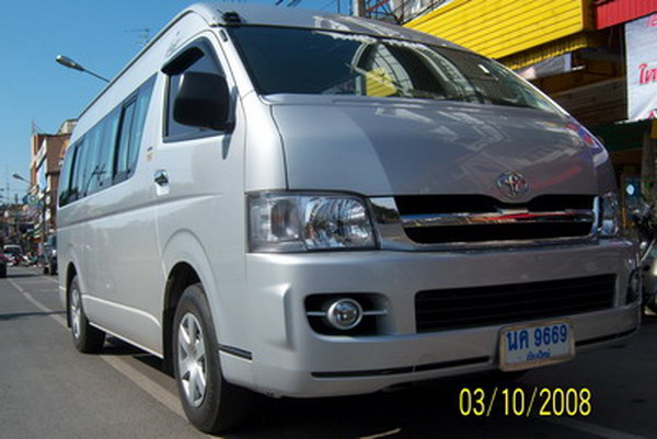 Toyota Commuter D4D High Roof
